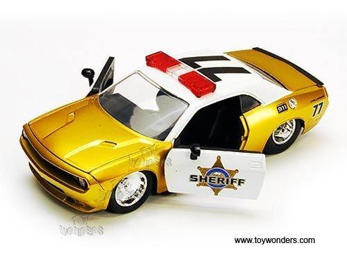 dodge-challenger-srt8-sheriff-77-2008-124-gold-by-jada
