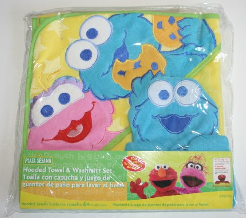 Sesame Street Hooded Towel And Washmitt Set (Assorted Colors: Pink, Blue, Green) front-978966