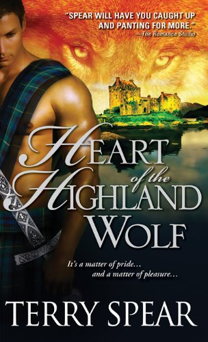 Heart of the Highland Wolf (Heart of the Wolf) by Terry Spear