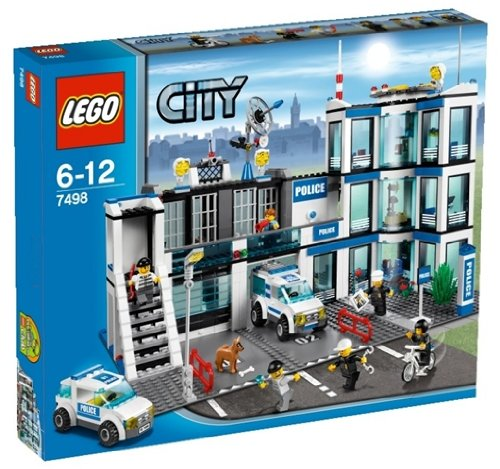LEGO Police Station 7498 Amazon.com