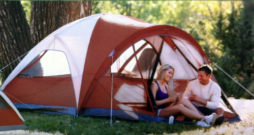 Buy Coleman 4-Person Evanston Tent with Screened Porch Canopy 9 Ft x 7 Ft Fits Queen Bed at Best Price & Outdoor Tents: Coleman 4-Person Evanston Tent with Screened Porch ...