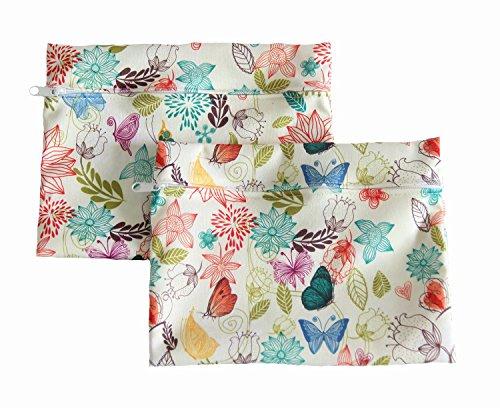 wetbag-de-rangement-impermeable-un-sweet-imprime-floral-pour-ranger-discretement-vos-articles-person