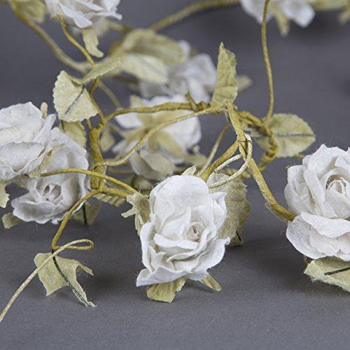 vintage-style-blumen-girlande-creme-rosen-und-blattern-englischer-text