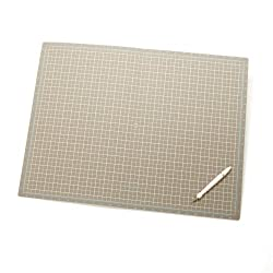 Martha Stewart Crafts 18-by-24-Inch Folding Cutting Mat