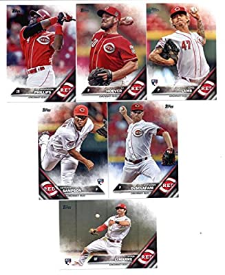 2016 Topps Baseball Series 1 Cincinnati Reds Team Set of 9 Cards: J.J. Hoover(#48), John Lamb(#59), Brandon Phillips(#176), Jay Bruce(#199), Ryan LaMarre(#221), Homer Bailey(#222), Todd Frazier(#292), Anthony DeSclafani(#328), Keyvius Sampson(#333) SHIPPE