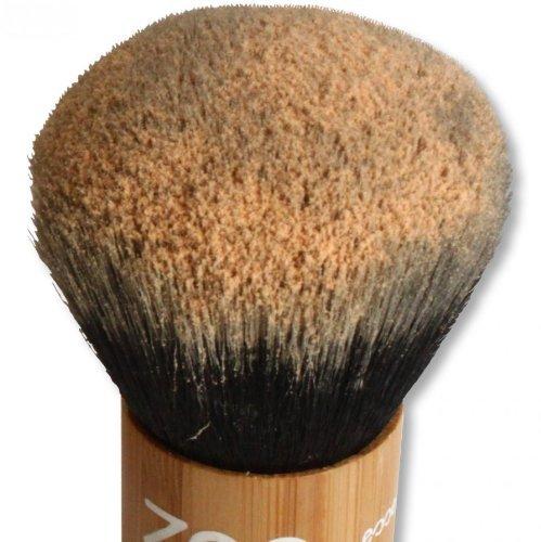 zao-kabuki-makeup-powder-brush-made-of-bamboo-for-natural-cosmetics-by-zao-essence-of-nature