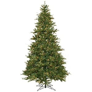 Country Pine 9' Natural Green Pine Artificial Christmas Tree with 950 Pre-Lit Clear Lights
