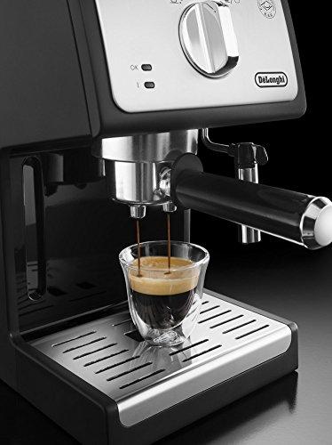 de longhi cafeti re espresso adapt pour caf moulu et dosettes ese noir gr. Black Bedroom Furniture Sets. Home Design Ideas