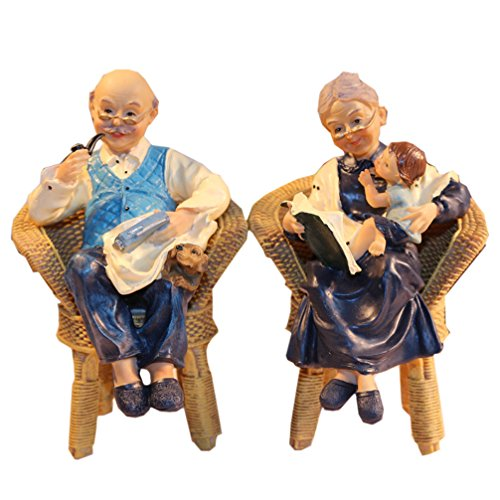 Coostyle Warm Family Elderly Couple Figurines, Loving Old Age Life Resin Home Decorations with Gift Card for Mother's day Father's day Anniversary (Family)