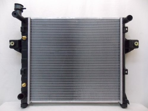 2262 RADIATOR FOR JEEP FITS GRAND CHEROKEE 4.0 L6 6CYL (02 Jeep Grand Cherokee Radiator compare prices)
