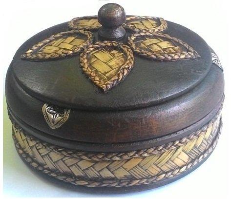 Wood Ashtray Vintage Design with Elephant Silver Plated Circle Shaped Midium Size