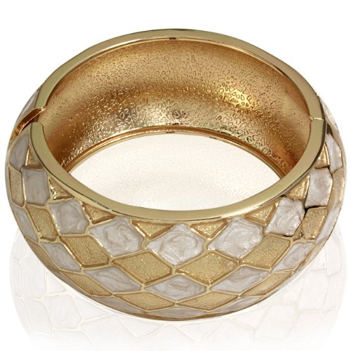 Hinged Bangle Bracelet-Yellow Gold Diagonal Shape Design