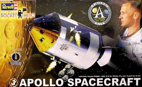 Revell 1:32 Rocket Hero Apollo Spacecraft