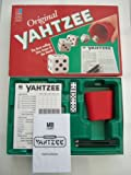 ORIGINAL YAHTZEE. 1994 DICE GAME BY MB GAMES