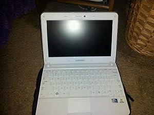 Samsung NP-N210-JA02US 10-Inch Netbook (1.66GHz Atom N450 Processor, 1GB RAM, 250GB HDD)
