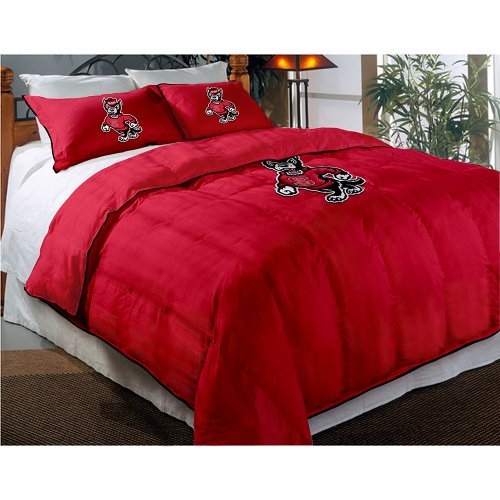NCAA North Carolina State Wolfpack Twin/Full Sized Comforter with Shams Northwest Comforters autotags B007QIX2T0