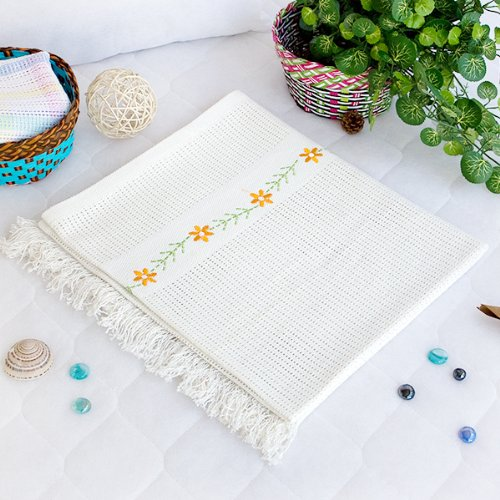 [Chrysanthemum - White] Thermal Cellular Embroidered Throw Blanket (31.5 By 55.1 Inches) front-542613