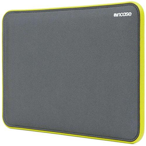 incase-icon-etui-pour-macbook-retina-13-gris