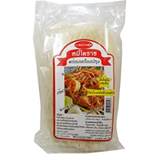 Stir-Fried Noodle with Sauce Thai Korat style (Pad Mee Korat) Spicy Net Wt 100 g (3.53 oz) Mae-Taue Brand x 5 bags from Mae-Taue Noodle Factory Nakornrachasrima Thailand.