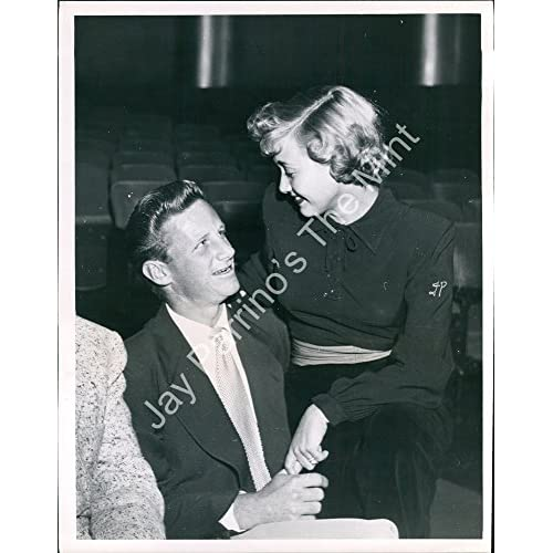 Vintage Photo of JANE POWELL, GEARY STEFFEN Candid (HA599)