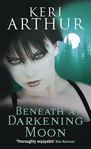 Beneath A Darkening Moon: Number 2 in series (Ripple Creek Werewolf)