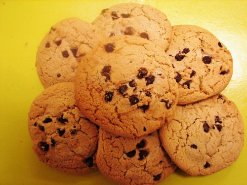 Homemade Chocolate Chip Cookies - 1/2 Dozen