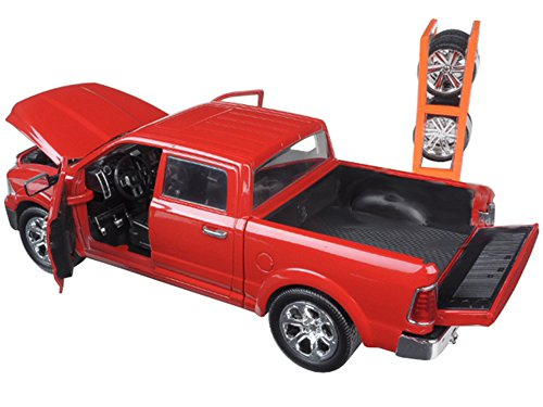 Jada Just Truck Series: 1/24 Scale 2014 Red Dodge Ram 1500 With Extra Wheels Diecast Model Car (Dodge Ram Model Kit compare prices)