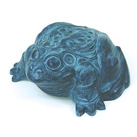 Emsco Group 1562 Darwood Frog Garden Hose Hider Without Hose Reel - 100 Foot Hose Capacity