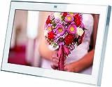 【Amazonの商品情報へ】Lyumo 【microSDカード2GB SDカードアダプター付属】7型スマートフォトフレーム framee-Smart ホワイト FMT-070W