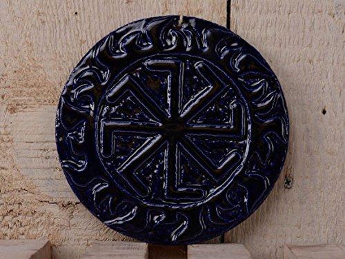decoration-ceramique-a-suspendre-celui-qui-chante-des-koliadas