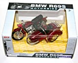 Toyway - BMW R69S Motorbike & Sidecar (Burgundy) Model Scale 1:18