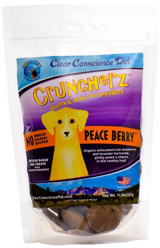 Clear Conscience Pet Cruncherz Peace Berry Dog Treats, 7oz Bag
