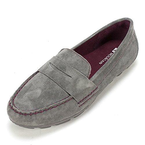 04. White Mountain Women's Skipper Slip-On Loafer