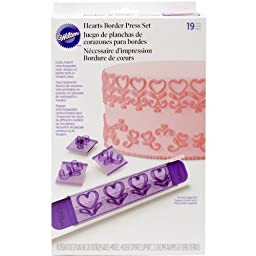 Wilton 2104-0244 19-Piece Hearts Borders Design Press set by Wilton