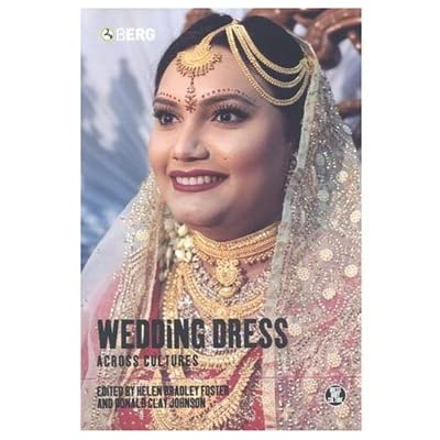 Wedding Dress Across Cultures (Dress, Body, Culture) (Paperback)