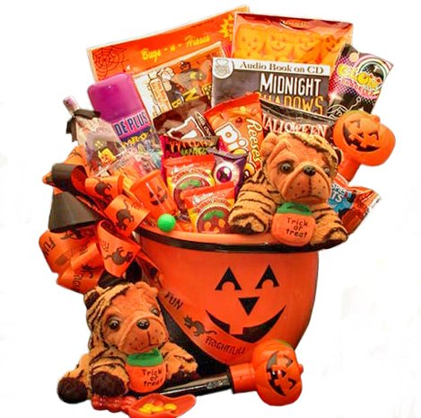 [Halloween Fun Trick or Treat Candy Gift Basket] (Halloween Costumes Gallery)