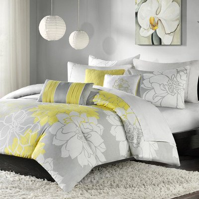 Lola 6 Piece Duvet Set Size: King