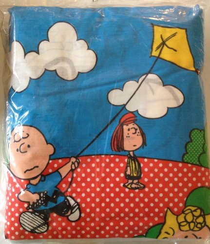 Peanuts Gang & Snoopy Crib Quilt Kit By Bucilla - Easy Instructions front-866940