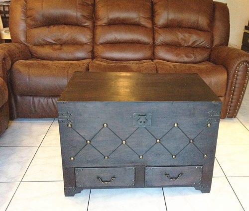 Replica vintage-style wooden coffee table (locker) decorative with nail head (HF 037-A) 2