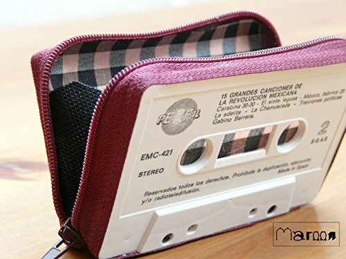 wallets-made-by-cassette-tape