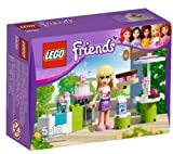 LEGO Friends - Stephanie's Outdoor Bakery - 3930 3930 (Kids canget cooking with the Stephanie's Outdoor Bakery - 3930 set from LEGO.This 45 piece set includes one figurine, Stephanie, who makes her favouritecakes in her girly and well-stocked kitchen!...