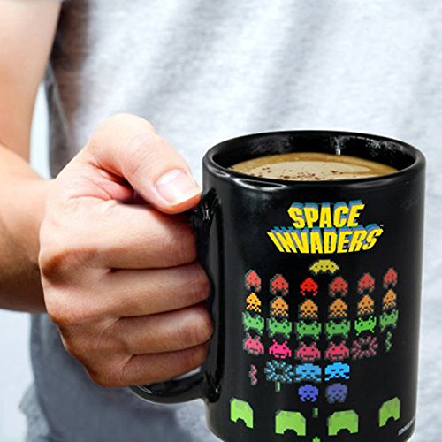 Bargain World Space Invader gioco tazza cambiante di colore tazza tazza sorprendente cambiamento di temperatura in ceramica