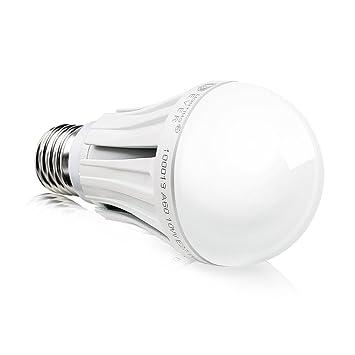 lighting ever 10 watt a60 led lampe samsung led ersetzt 60w gl hlampe 830lm e27 sockel. Black Bedroom Furniture Sets. Home Design Ideas