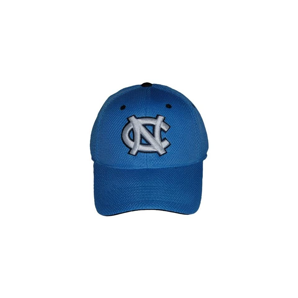 NORTH CAROLINA TAR HEELS OFFICIAL NCAA LOGO ONE FIT PERFORMANCE HAT
