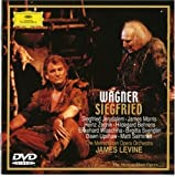 ワーグナー:楽劇《ジークフリート》全曲 [DVD]