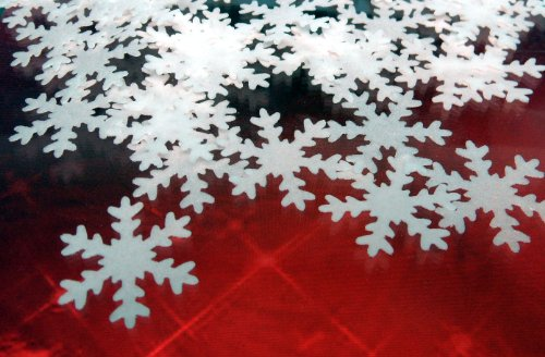 24x Christmas Snowflakes 20mm Edible PRE-CUT Rice Paper Cup Cake Decoration Toppers