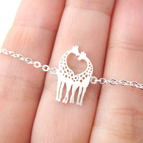 Silver Plated Kissing Giraffe Animal Charm Love Gift Necklace Fine Jewelry for Women