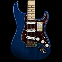 Fender Deluxe Players Stratocaster in Blue Trans with Vintage Noiseless Pickups