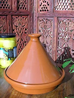 Small versatile tagine in terracotta by Maroque