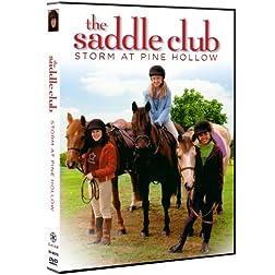Saddle Club: Storm at Pine Hollow